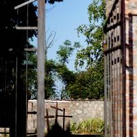 L'ingresso del cimitero