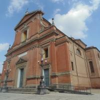 Chiesa cattedrale di San Cassiano(facciata di lato) by Maurolattuga