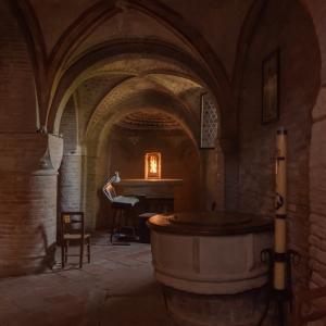 Abbey crypt by Greta Pagliarino