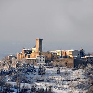 Castello di Teodorano - Borgo di Teodorano con neve foto di: |Milandri Ruggero| - Comune di Meldola