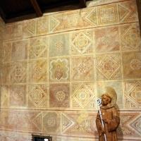 Scuola riminese, affreschi geometrici con bustini di santi, 1350-1400 ca. , 05 by Sailko