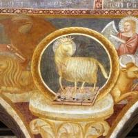 Scuola bolognese, ciclo dell'abbazia di pomposa, 1350 ca., apocalisse, 04 agnello tra il tertamorfo 2 foto di Sailko