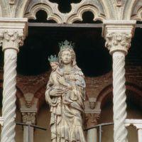 Cattedrale. Madonna col Bambino by Rebeschini
