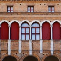Palazzo Costabili detto di Ludovico il Moro - Particolare del cortile d'onore - Andrea Comisi