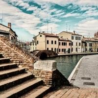 -- Centro storico con i suoi ponti - Comacchio -- - Vanni Lazzari