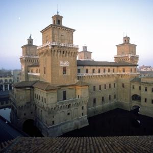 Castello Estense - Castello Estense foto di: |ignoto| - archivio fotografico Provincia di Ferrara