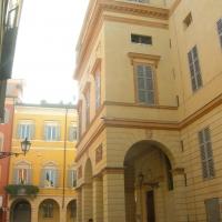 Teatro Comunale, ingresso laterale