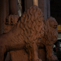 Leoni Facciata del Duomo foto di Chiara Salazar Chiesa