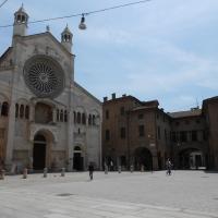 Duomo di Modena (fronte) foto di Cristina Guaetta