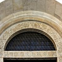 Dettaglio dell?architrave del portale della facciata del duomo di modena 1 by Mongolo1984