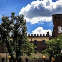 Le nubi sopra la Torre dell'Orologio