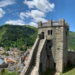 Rocca di Sestola - Rocca e paese foto di: |Alberto Biolchini| - Archivio fotografico del castello
