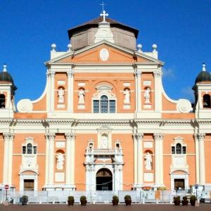 Basilica Cattedrale Santa Maria Assunta di Carpi by LigaDue