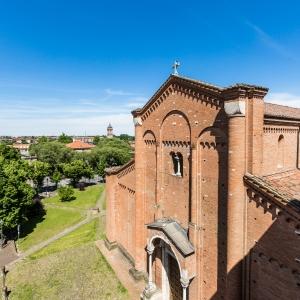 veduta basilica esterno photos de jacopo ferrari