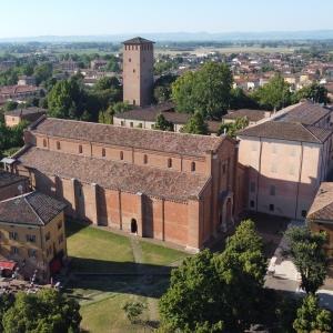 veduta basilica esterno drone photo by pro loco nonantola