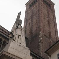 Duomo di Piacenza - Campanile e statua di Pio IX by |Matteo Bettini|