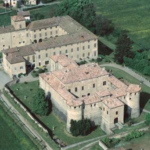 immagine da Castello e Rocca di Agazzano