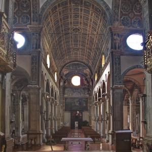 Vista della chiesa dal Presbiterio by valentina rimondi