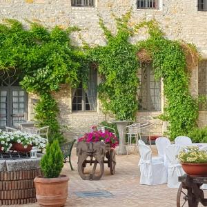 Castello di Felino - Corte d'Onore foto di: |Piu Hotels| - Piu Hotels