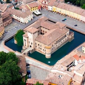 Alla scoperta della Camera Ottica e del Castello di Fontanellato