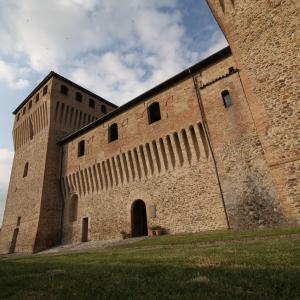 Castello di Torrechiara - Castello di Torrechiara, particolare esterno foto di: |Sebastian Corradi| - Comune di Langhirano