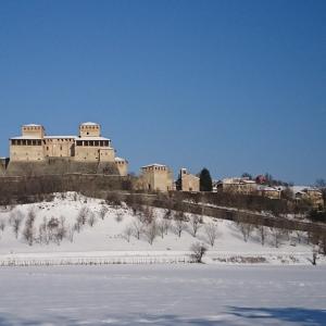 Castello di Torrechiara - Castello di Torrechiara, inverno neve foto di: |Michela Corradi| - Comune di Langhirano