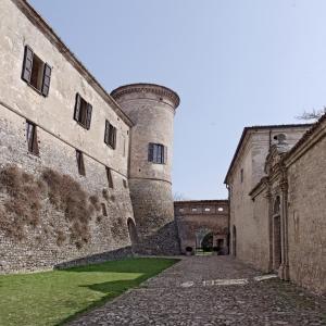 Castello di Scipione dei Marchesi Pallavicino - Castello di Scipione dei Marchesi Pallaviicno - Cortile d'Onore foto di: |Castello di Scipione| - Castello di Scipione