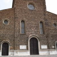 Cattedrale di San Pietro apostolo, facciata,sezione centrale (Faenza),JPG by Opi1010
