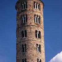 Ravenna - Sant'Apollinare Nuovo, il campanile. by Emanuele Schembri