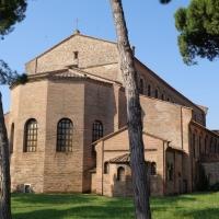 Sant'Apollinare in Classe Ravenna 03 by |Superchilum|