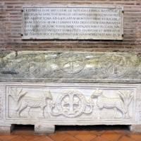 Sant'apollinare in classe, interno, sarcofagi ravennati 06, VI-VII secolo ca by Sailko