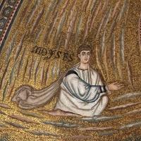 Sant'apollinare in classe, mosaici del catino, trasfigurazione simbolica, VI secolo, 03 mosè Foto(s) von Sailko