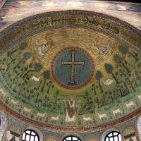 Sant'apollinare in classe, mosaici del catino, trasfigurazione simbolica, VI secolo, 01 by Sailko