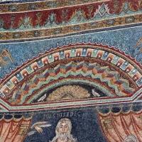 Sant'apollinare in classe, mosaici del catino, sacrifici di abele, melchidesech e abramo, 650-700 ca. 02 foto di Sailko