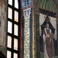 Sant'apollinare in classe, mosaici del catino, colonne negli sguanci, 550 ca. 02 photos de Sailko