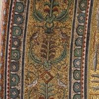Sant'apollinare in classe, mosaici del catino, fasce decorative, VI secolo, 03 Foto(s) von Sailko