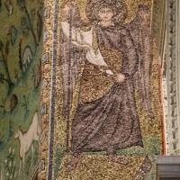 Sant'apollinare in classe, mosaici dell'arcone, arcangelo gabriele, VI secolo by Sailko