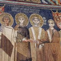 Sant'apollinare in classe, mosaici del catino, costantino IV e i fratelli consegnano a eraclio I privilegi per ravenna, 650-700 ca. (molto restaurato) 03 by |Sailko|