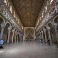 Sant'Apollinare Nuovo interno by Wwikiwalter