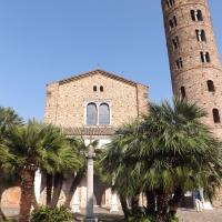 Basilica di Sant'Apollinare Nuovo - esterno by Cristina Cumbo