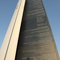 Monumento eretto qualche anno fa con la descrizione storica di eventi accaduti nei diversi secoli
