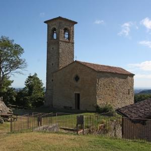 Castello di Carpineti - chiesa di san Andrea - foto di: |sandro beretti| - sandro beretti
