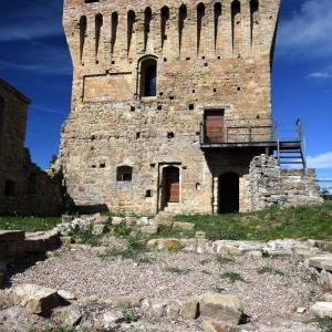Castello di Sarzano - Castello di Sarzano- Mastio foto di: |Giuseppe Lombardi| - Archivio personale dell'autore
