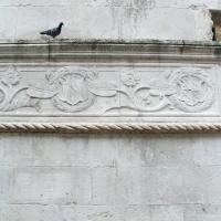 Tempio malatestiano, ri, fianco dx, stemma malatesta 03 foto di Sailko