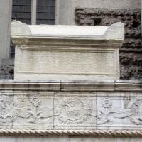 Tempio malatestiano, ri, fianco dx, tomba 06 foto di Sailko
