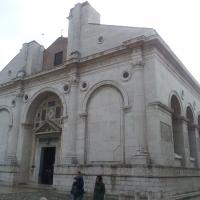 Il tempio malatestiano photo by Opi1010