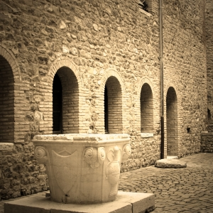 Rocca Malatestiana - Rocca Malatestiana Montefiore Conca - pozzo interno foto di: |Lara Braga| - Montefiore Conca